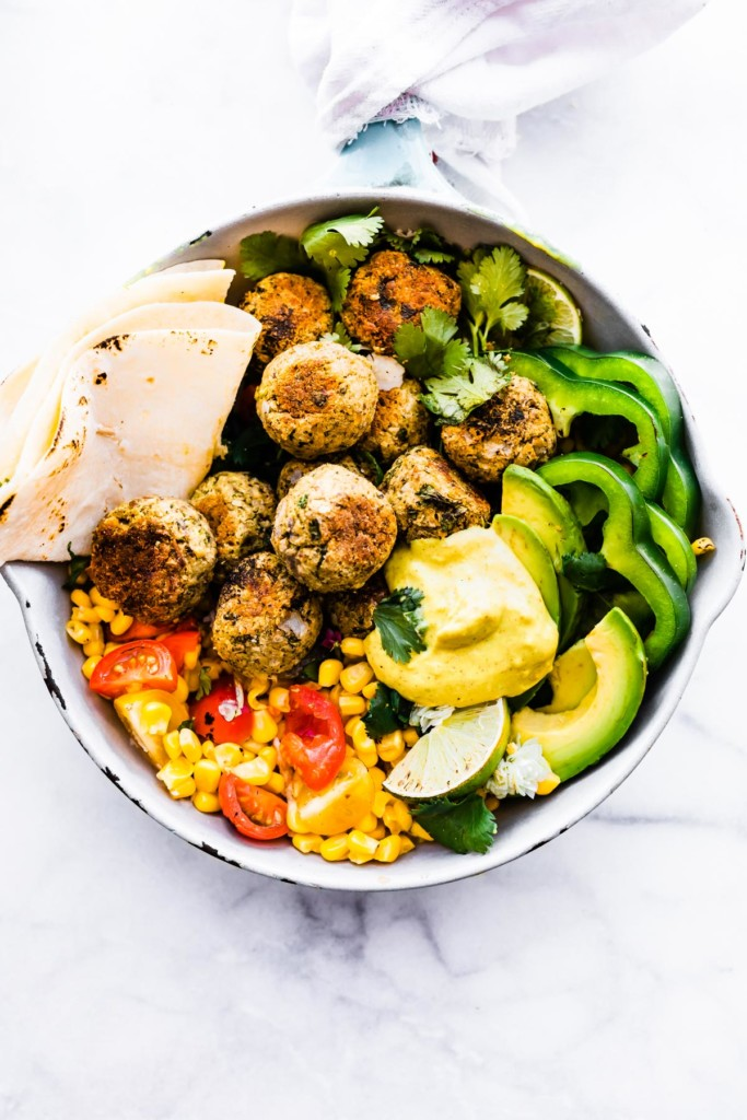 These tasty falafel balls are gluten free, vegan loaded with protein. Infused with Mexican flavors, they are easy, fast and delicious :) Forever Fit, Duncan, Bc.